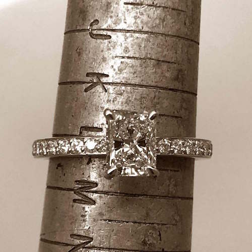 engagement-ring-diamond-solitare-rosegold-18ct-radiant-resize_500